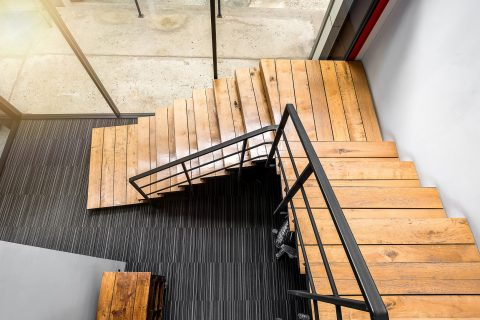 escalier en bois style industriel